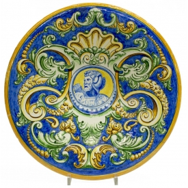 LARGE RENAISSANCE REVIVAL MAJOLICA SOLDIER CHARGER