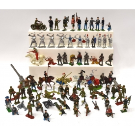(74) LARGE LOT METAL SOLDIERS & OTHER FIGURES