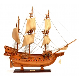 MODEL OF ENGLISH GALLEON SHIP, 'GOLDEN HIND'