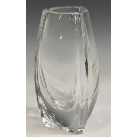 BACCARAT COLORLESS CRYSTAL BOUTON D'OR VASE