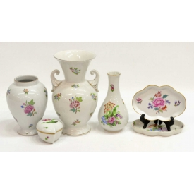 (6) HEREND PORCELAIN GROUP,  ASSORTED PATTERNS