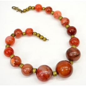 LADIES CHINESE LARGE BEADED AGATE NECKLACE