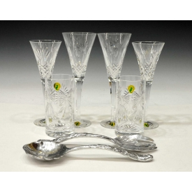 WATERFORD CRYSTAL TOASTING FLUTES & ARTHUR COURT