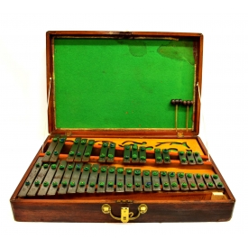 WOOD CASED GLOCKENSPIEL CARILLON