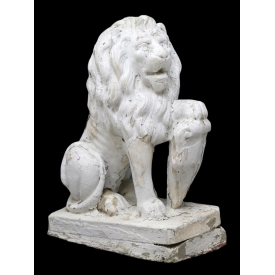 CAST CONCRETE SEATED GARDEN STATUARY SEATED LION