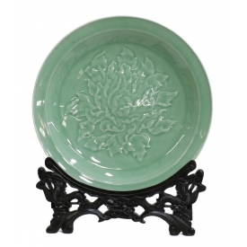 CHINESE LONGQUAN CELADON CHARGER ON STAND
