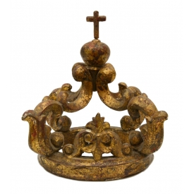 BAROQUE STYLE RELIGIOUS CARVED GILTWOOD CROWN