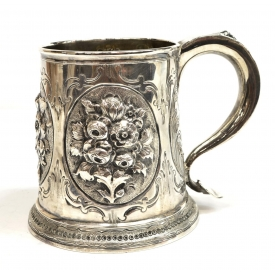 GEORGE II REPOUSSE STERLING SILVER TANKARD