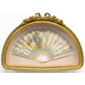 ANTIQUE PAINTED FAN GILTWOOD SHADOW BOX FRAME