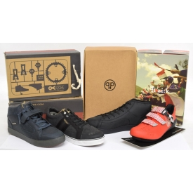 (4 PAIR) NEW IN BOX BICYCLE SHOES, SIZE 13