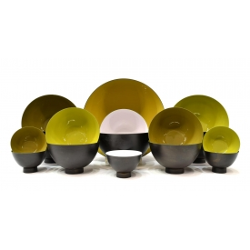 (16) CONTEMPORARY ENAMELED TABLE METAL BOWLS