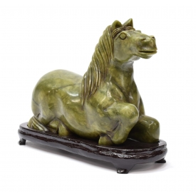 CHINESE CARVED SERPENTINE JADE FIGURE OF A HORSE